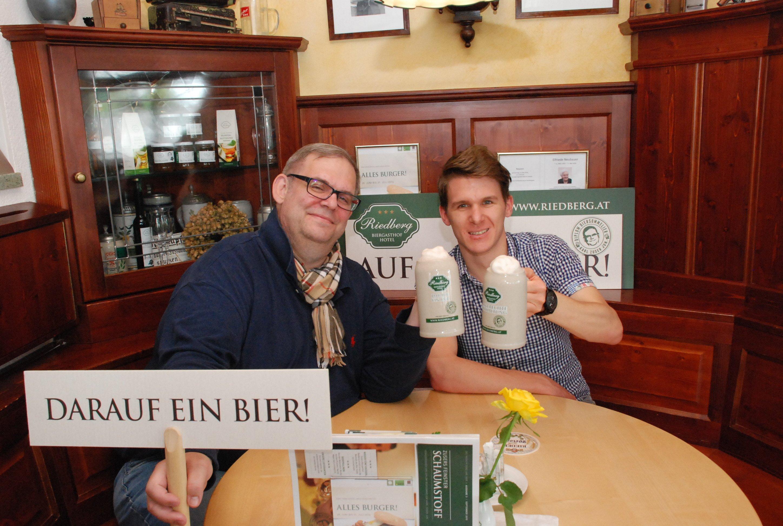 Gastwirt Karl Zuser jun., Gewinner Stephan Knoll, Linz